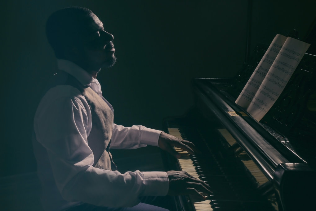 The Brains Of Jazz And Classical Pianists Work Differently Max